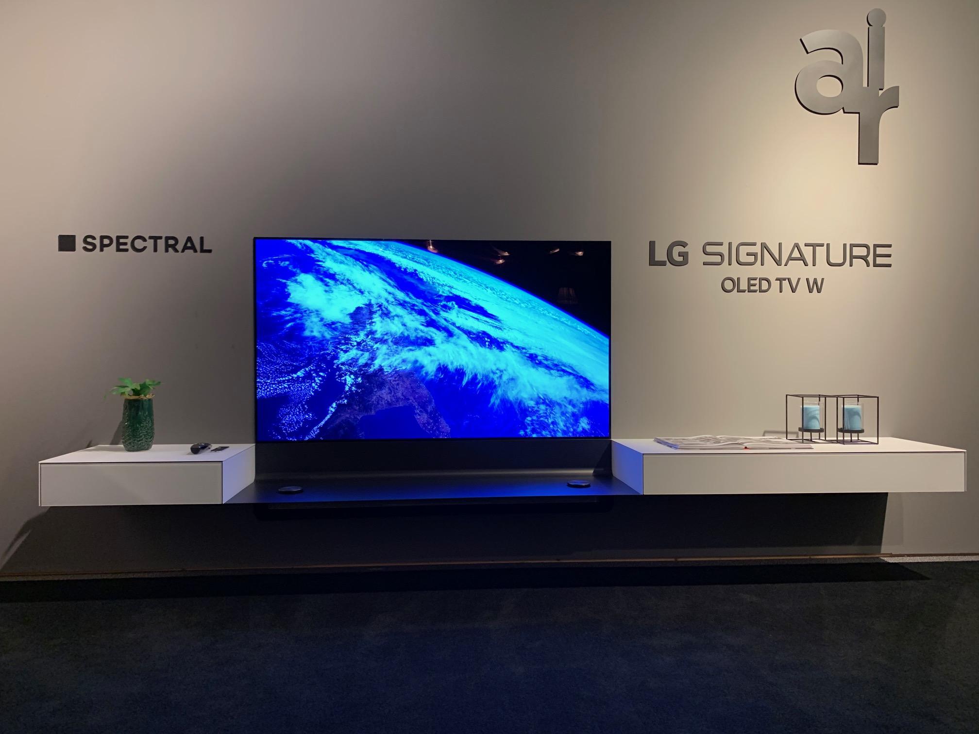 *UNIEK* Spectral wandhangend tv-meubel 3,25m incl. LG OLED W8 Wallpaper 65 inch