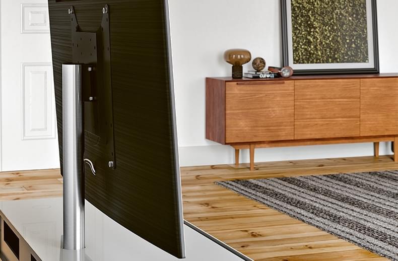 spectral-draaibare-tv-beugel-op-meubel