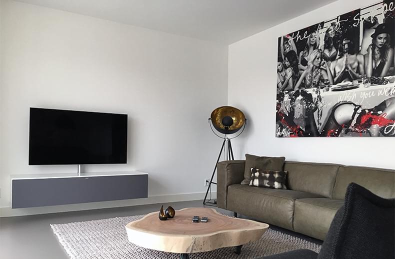 A Meubel Ervaring : Het origineel in tv meubels op maat heet spectral smart furniture